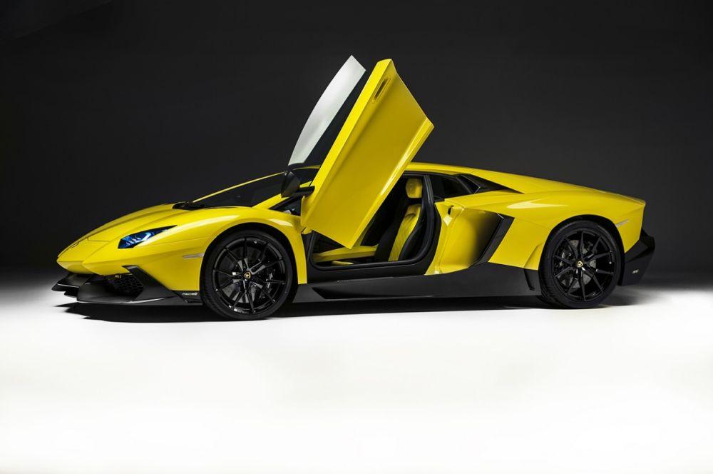 Lamborghini-Aventador-Anniversario-Edition-04