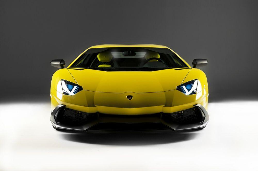 Lamborghini-Aventador-Anniversario-Edition-05