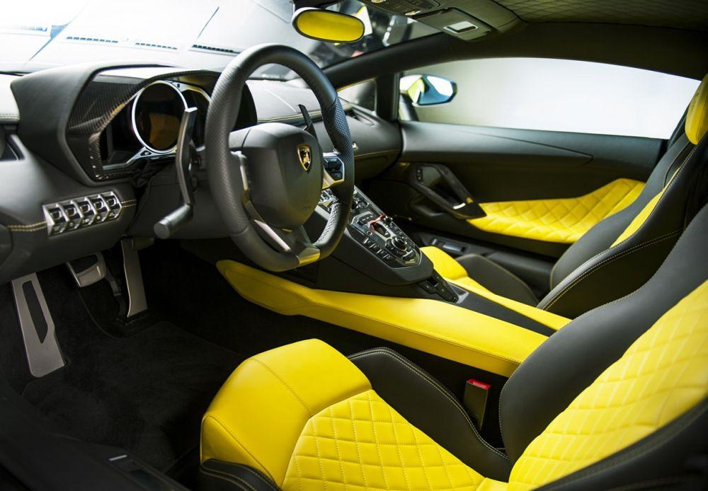 Lamborghini-Aventador-Anniversario-Edition-08