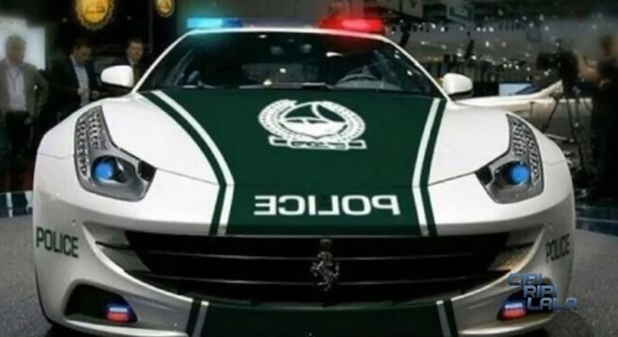 ferrari-ff-police-03