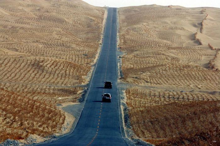 Long_road_02