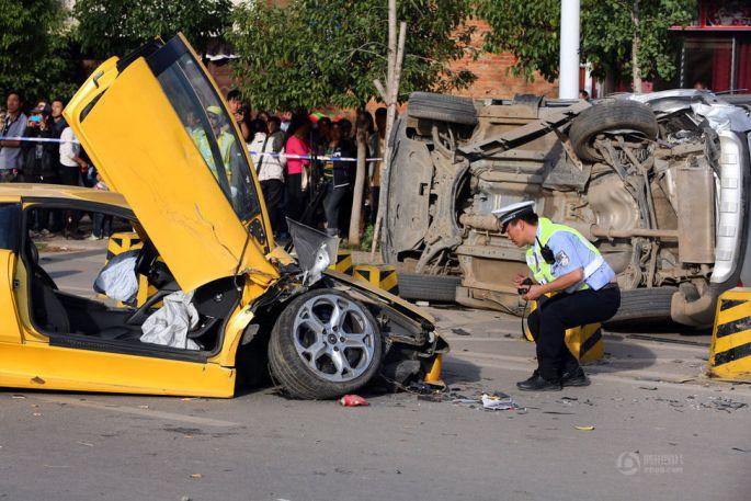 lambo-crash-05