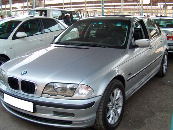 37.BMW-323i,-1998-год