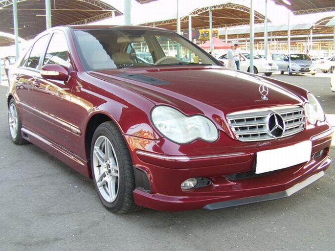 43. Mercedes C200. 2002 год. Пробег - 242 000 км, цена - 20 000 у.е.