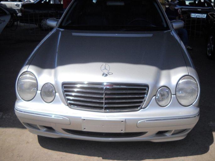 20.Mercedes E 200, 1999 год , пробег - 180 000, цена 21 000