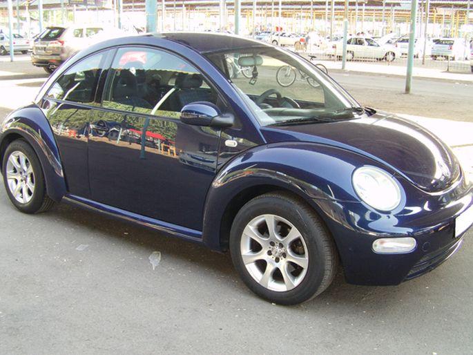 30.Volkswagen Beetle. 2002 год. Пробег - 141 000 км, цена - 11 000 у.е